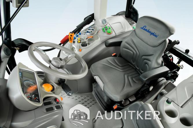 Lamborghini Traktor Stúdió 2013 Auditker