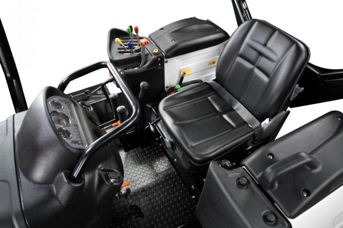 Lamborghini Strike C 115 lánctalpas traktor